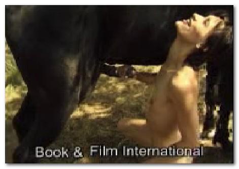 085 - Horse Pissing On Skinny Girl