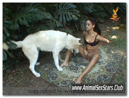 Amanda Gouveia -Animal Sex Scene - 04