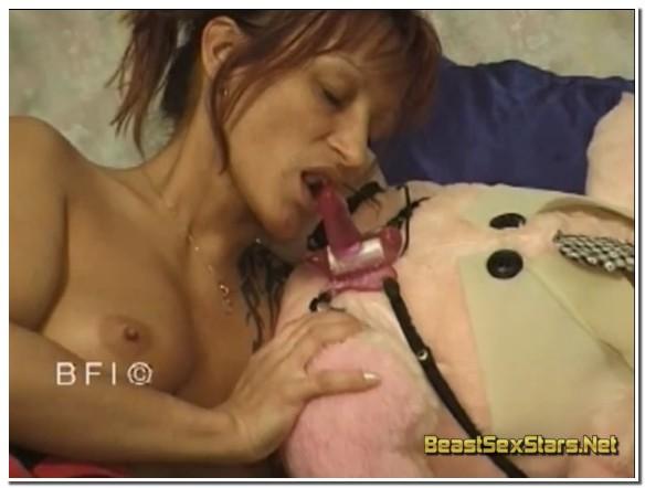 Maike Marrow - Extreme Animal Porn Scenes