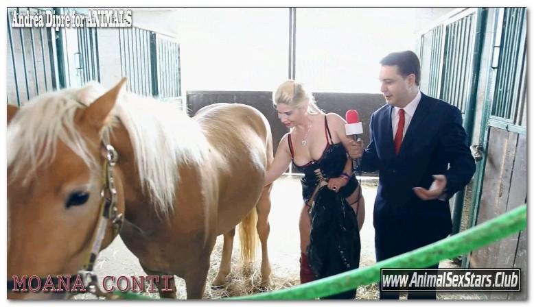 102 - Andrea Dipre Moana Conti give a blowjob horse